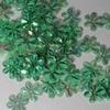 Bloemen pailletten PK121 lichtgroen transparant