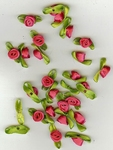 Decoratie roosjes van stof met lintje 10041232 fuchsia
